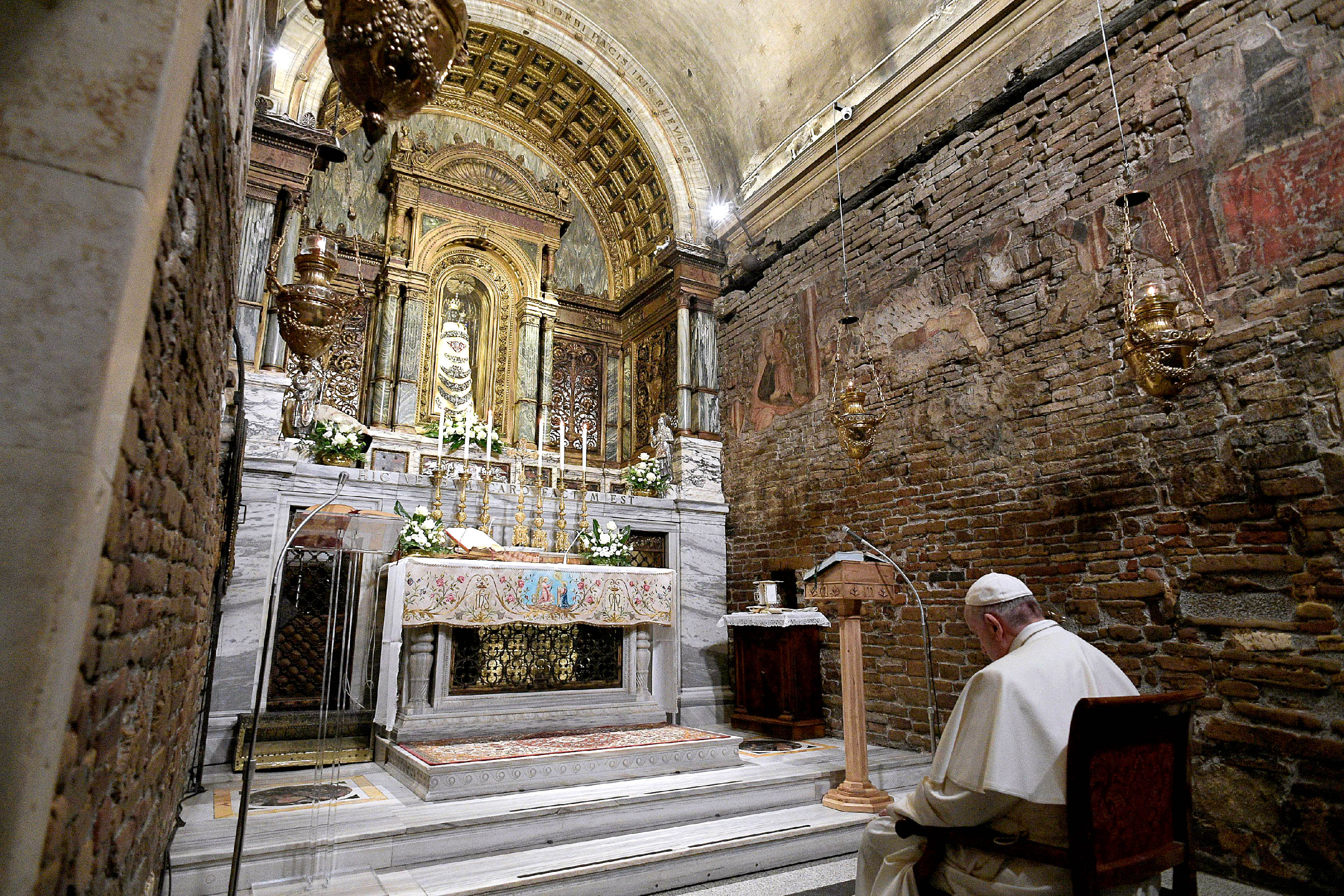 Pope Francis prays inside the Sanctuary of the Holy House on the feast of the Annunciation in Loreto, Italy, 25 March 2019. Photo: CNS/Vatican Media.