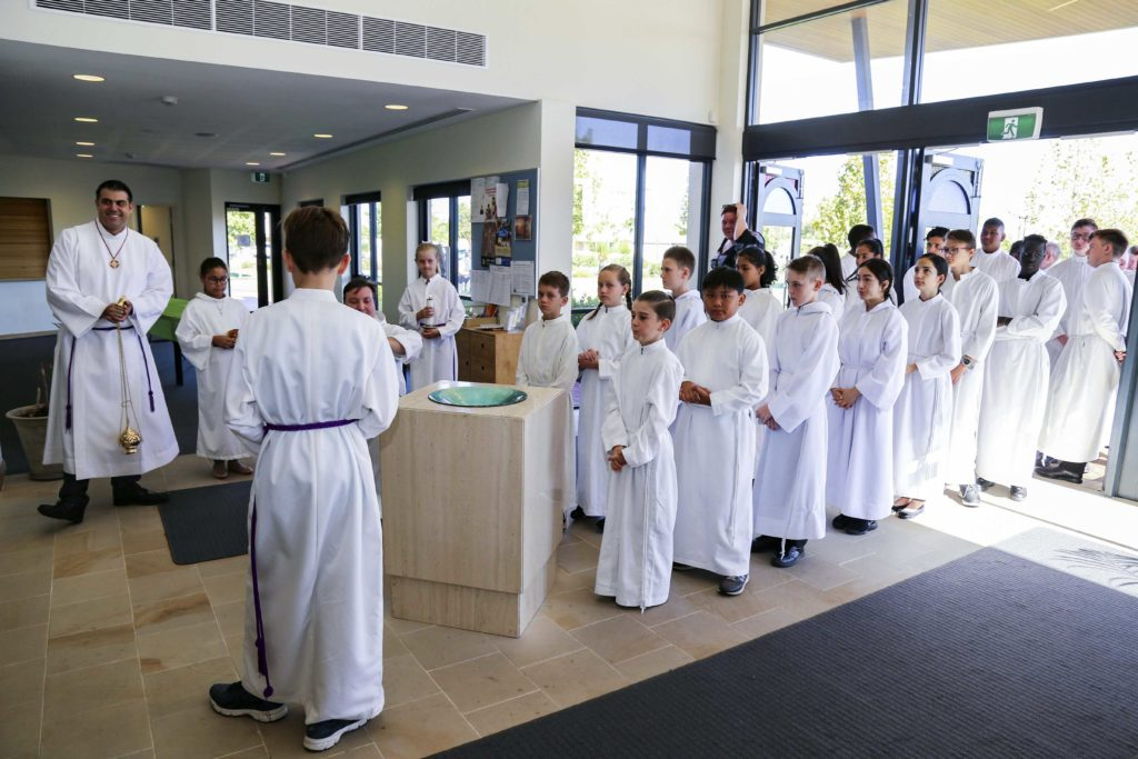 The international organisation of acolytes and altar servers has last weekend Sunday 17 March welcomed 168 new servers and seven new acolytes at St Helena of the Holy Cross, Ellenbrook Parish, continuing a history of service to the sacraments that goes back to the beginning of last century. Photo: Eric Martin.