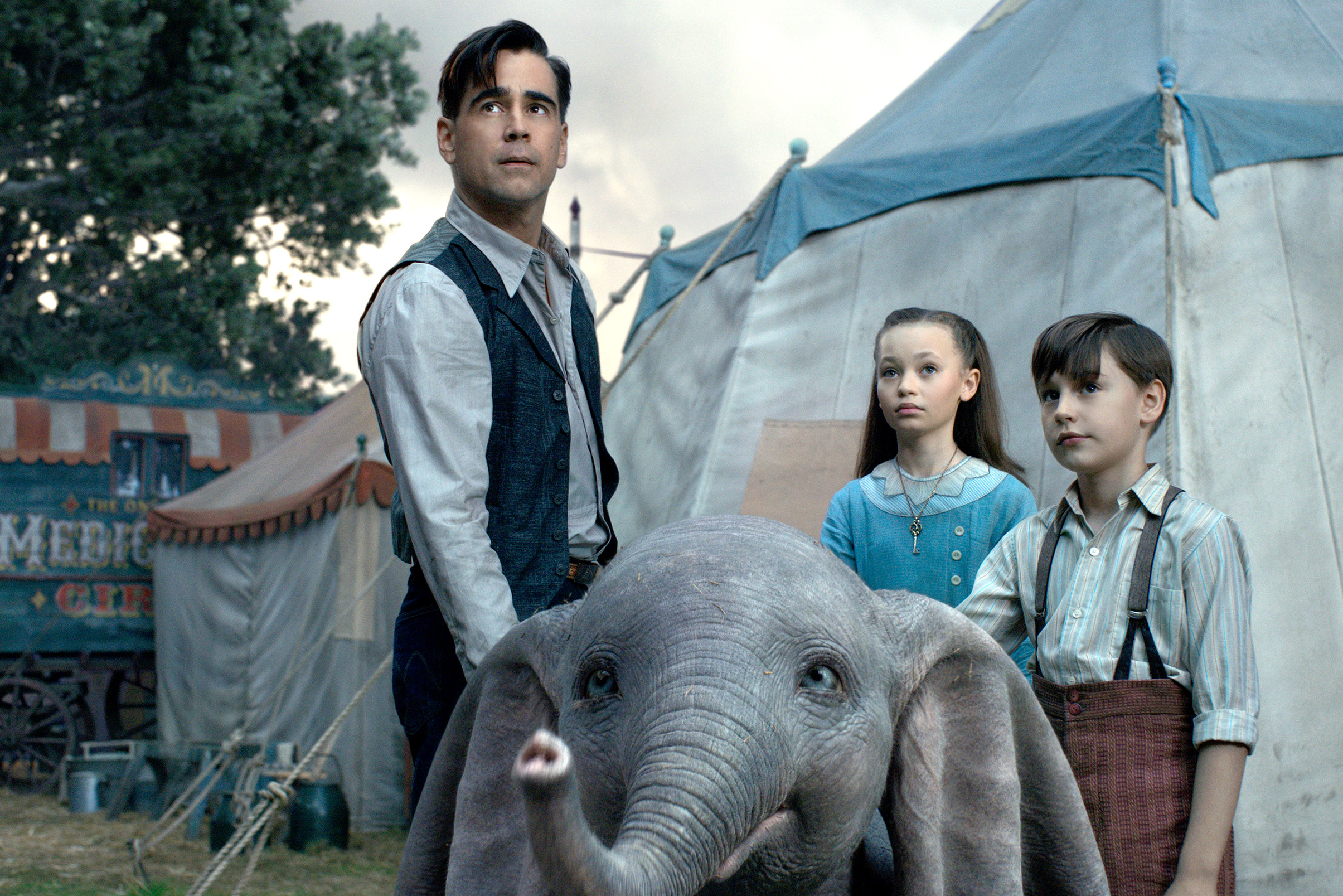 Colin Farrell, Nico Parker and Finley Hobbins star in a scene from the movie