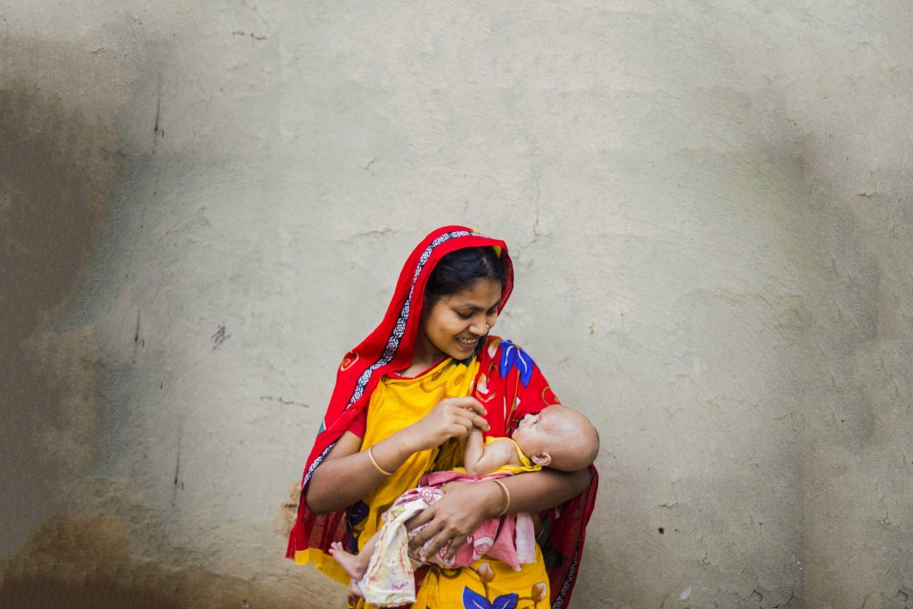 Salma and her baby Samiul. Photo: Ashish Peter Gomes/Caritas Australia.