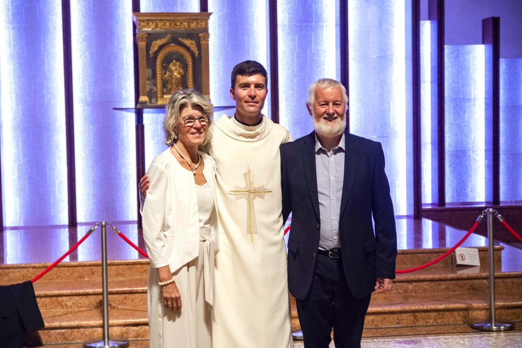 Dcn Liam Ryan, pictured alongside his parents at his Ordination to the Diaconate at St Mary's Cathedral in December 2018, will be ordained to the priesthood on 16 August. Photo: Jamie O'Brien.