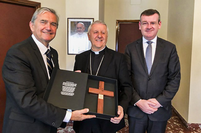 Chris Ellison and Francis Campbell with His Eminence Cardinal Giuseppe Versaldi (Cardinal Prefect of the Congregation for Catholic Education). Photo: Supplied.