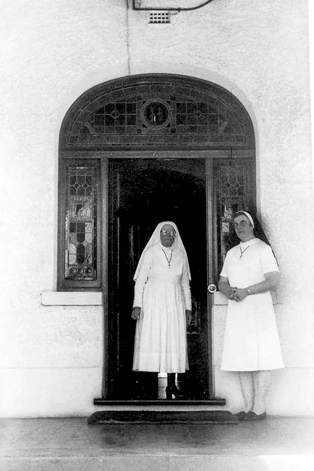 Mother M Phillip and Sr Mary Berry, outside the West Perth Convent, 1973. Photo: Supplied.