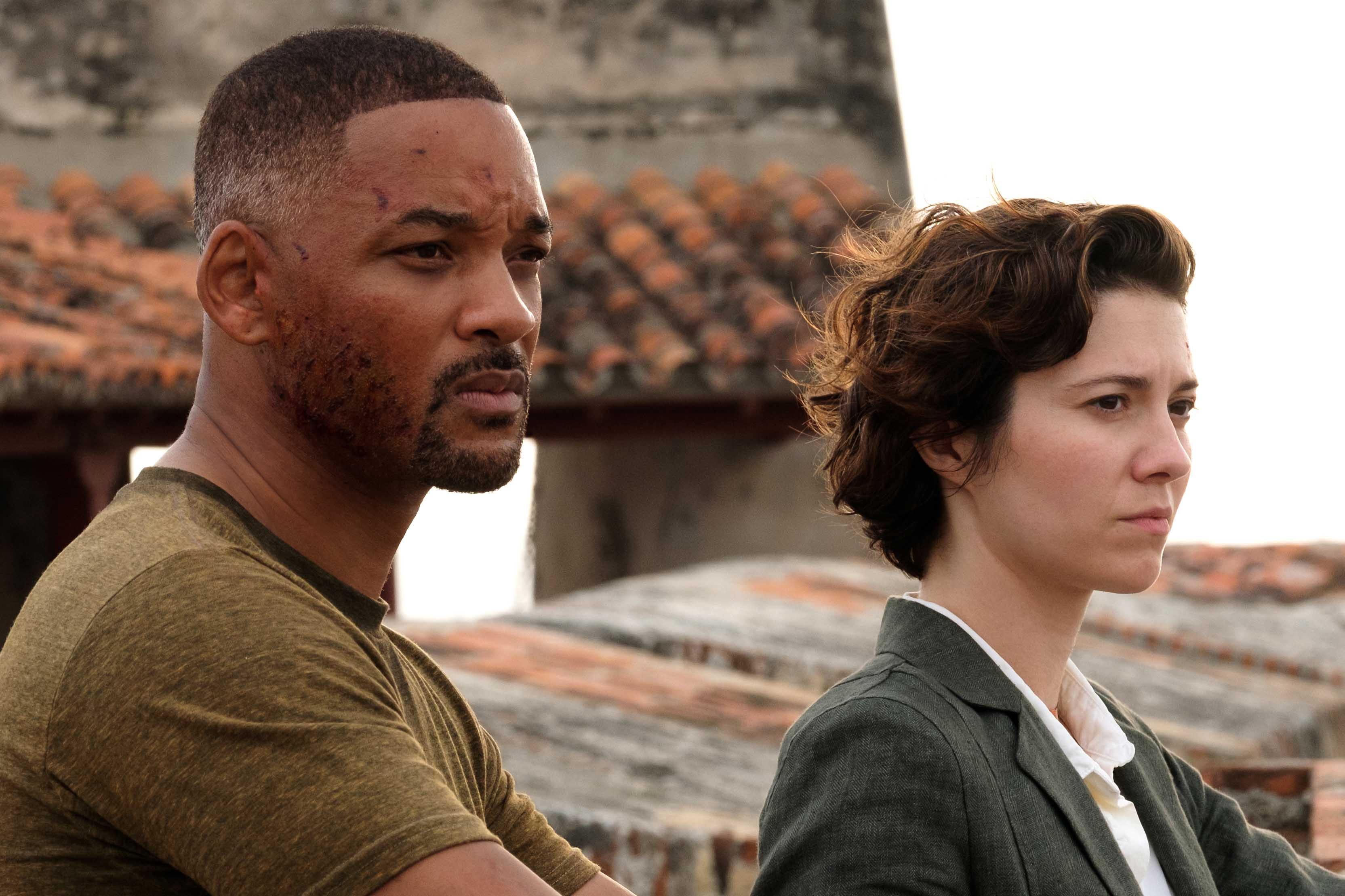 Will Smith and Mary Elizabeth Winstead star in a scene from the movie