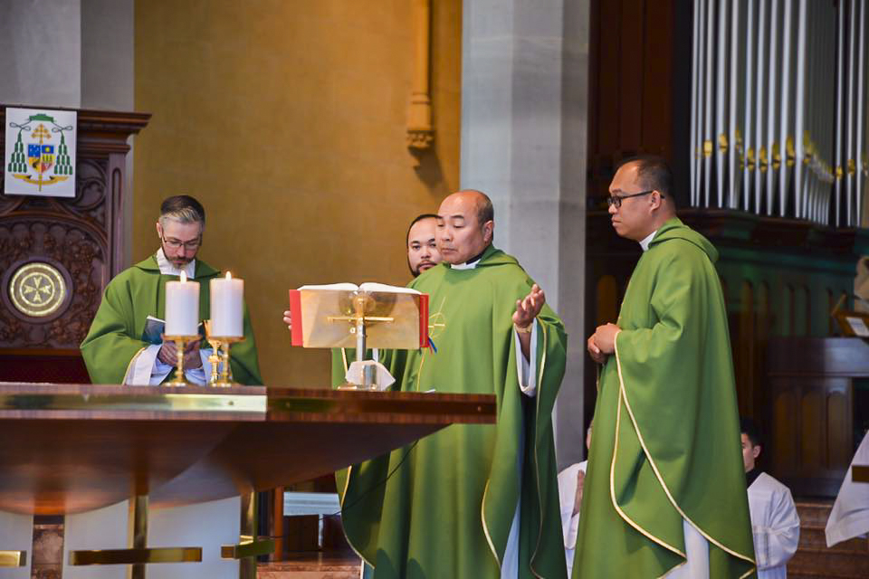 Fr Conor Steadman, Fr Garner Vergara, Fr Elver Delicano, and Fr Leonard Guiang OSM say Mass at St Mary's Cathedral on 21 September 2019. Photo: Sourced.